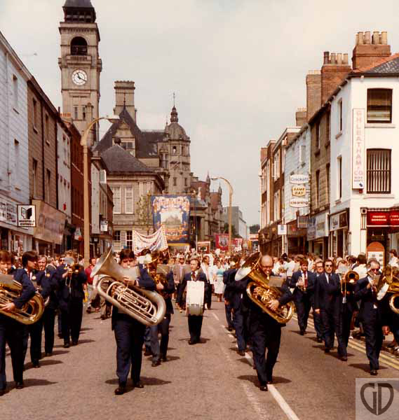 June84 Wood St band R GD