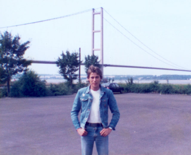 Bruce 'Commander Bond' Wilson at Humber Bridge after picketing at Guinness Wharfe, Scunthorpe.